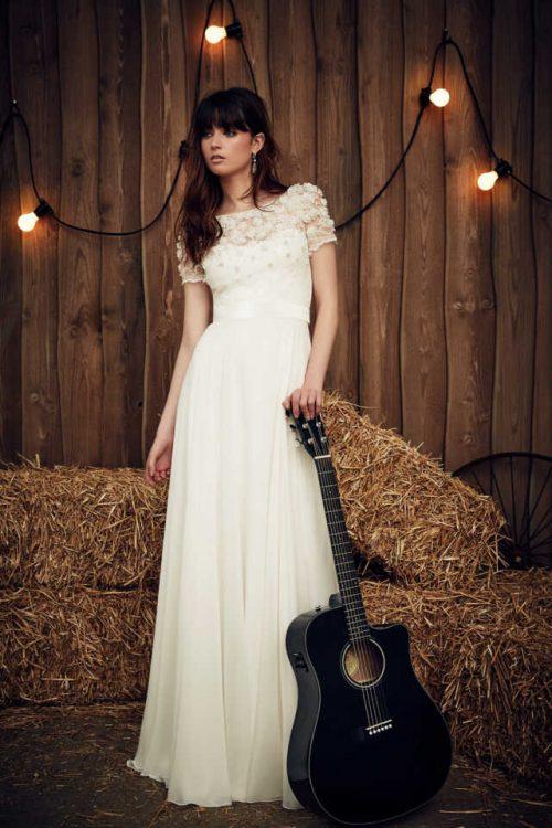 Taylor-Jenny-Packham